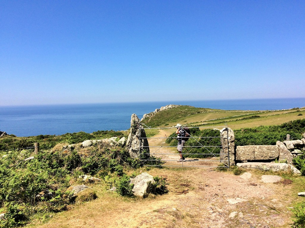 Walking rouute to Bosigran castle Iron age clifftop fort -  ancient monument