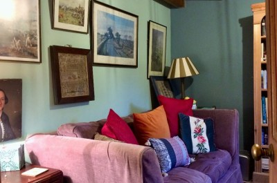 country style decorating - cosy vintage stylesnug