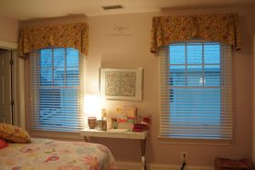 Straight valance with Cascades 10