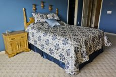 Queen Size BedSpread and Contrast BedSkirt
