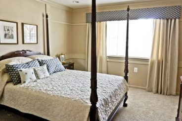 cornice with side panels for a guest bedroom , Fredrick MD