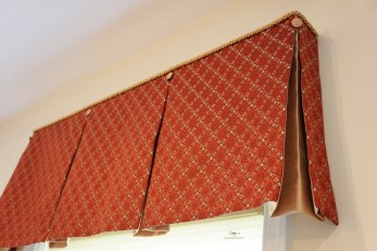 contrast lined box valances with accent buttons and cording