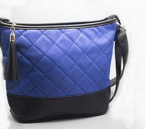 sac a main noir et bleu e dressing des copines