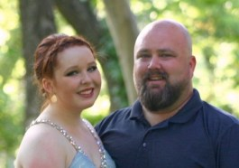 prom dad and daughter