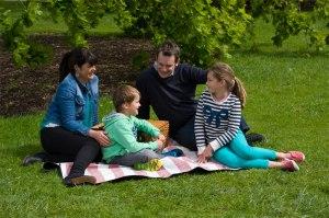 storytelling-reading-child-development-family