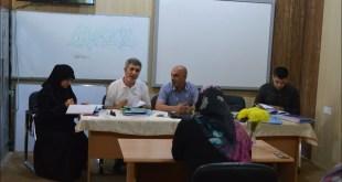 مناقشة بحوث طلبة الدراسات العليا