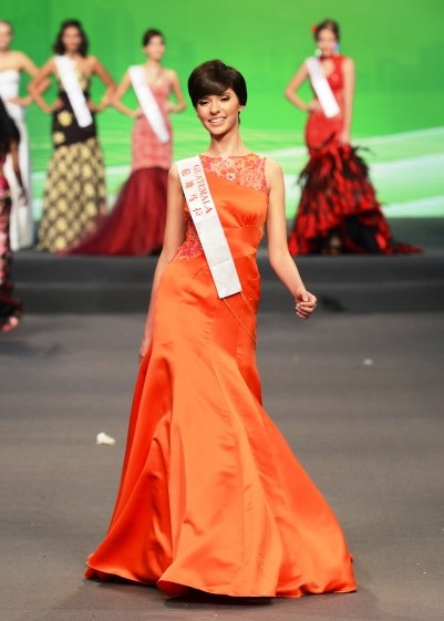 Monique Aparicio, Representando a Guatemala en Miss Mundo 2012. Foto cortesía Nick Verreos