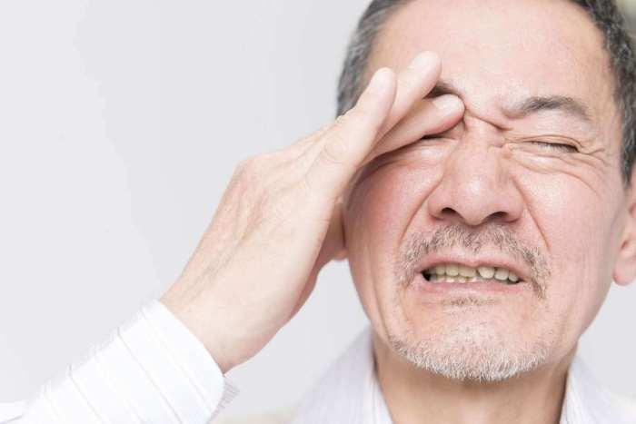 Dor nos olhos: conheça as principais causas