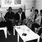Jury beraad in 1986 in Parijs in het Théatre de la Ville Choreografie werd toegekend aan Maguy Marin Jury v.I.n.r. Pina Bausch, choreografe Rudolph Nureyev, danser Gérard Violette, artistiek directeur Théatre de la Ville Marcel Armand van Nieuwpoort, ballet recensent (het Financieele Dagblad) Toer van Schayk, decorontwerper ballet