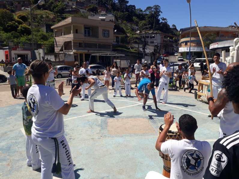 Praça dos Expedicionários - Apresentação de Capoeira
