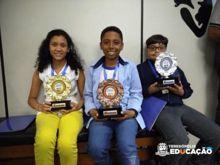 Vencedores: 1º Lugar - Jennyffer Ferreira Varela 2º Lugar - Gabriel Carino Salomão 3º Lugar - Joshua Souza Quintanilha