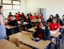 Faltan docentes calificados en los colegios privados, advierte Adecopa
