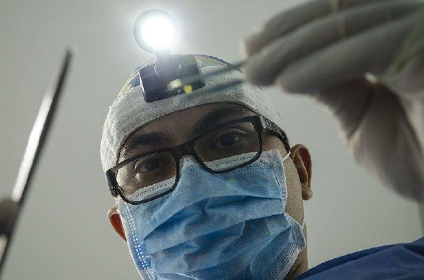 para estudiar odontología que se necesita