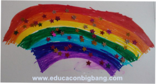 Arcoíris pintado por niños