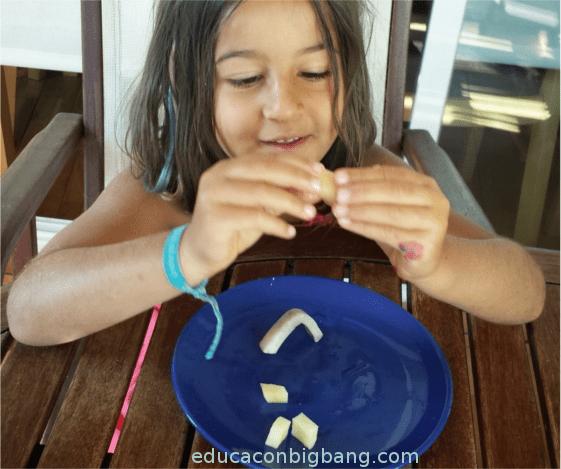 Probando la rigidez de las tiras de patata