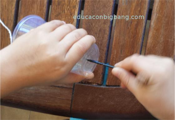 Agujereando la base del vaso