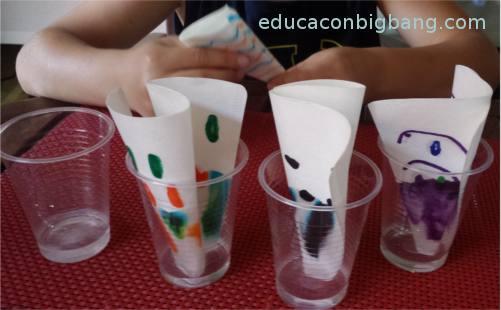 Papeles de filtro en agua