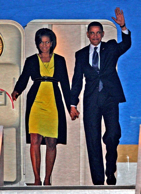 https://i1.wp.com/educate-yourself.org/cn/Barack%20and%20Michelle%20at%20London%20airport%202248.jpg