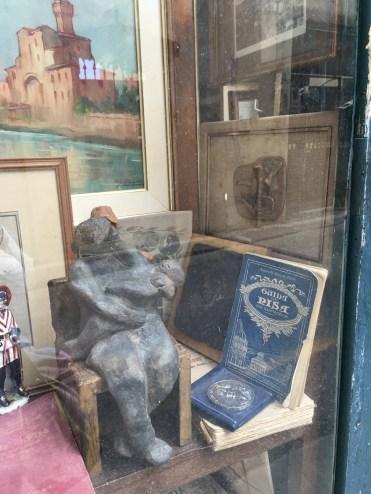 Pisa - antiques shop