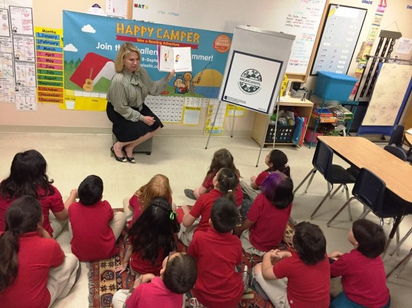 Summer Reading Tour - First Lady Angela Ducey Visits ...