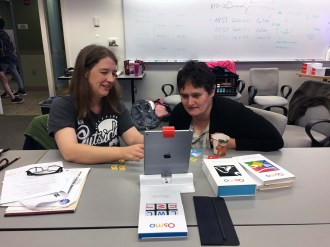 Jennifer and Erzso learning to code