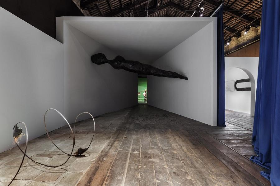 Biennale, labirinto, casa