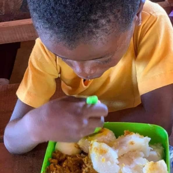 Meet Ghanaian Female Facilitator who feeds her Learners with hot meals daily 1