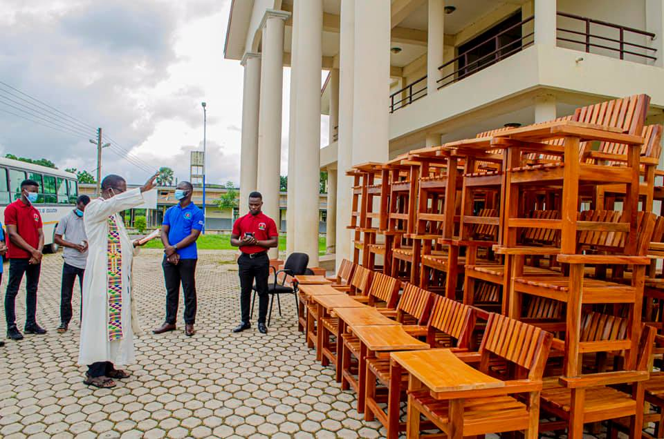 Exclusive: 2019-2021 St Francis College SRC donates Classroom Furniture to College   2
