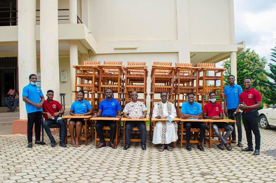 Exclusive: 2019-2021 St Francis College SRC donates Classroom Furniture to College   6