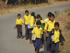 भारत में स्कूली शिक्षा, स्कूल जाते बच्चे, हम स्कूल क्यों जाते हैं