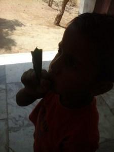 बच्चों की दुनिया, एजुकेशन मिरर, भारत में प्राथमिक शिक्षा