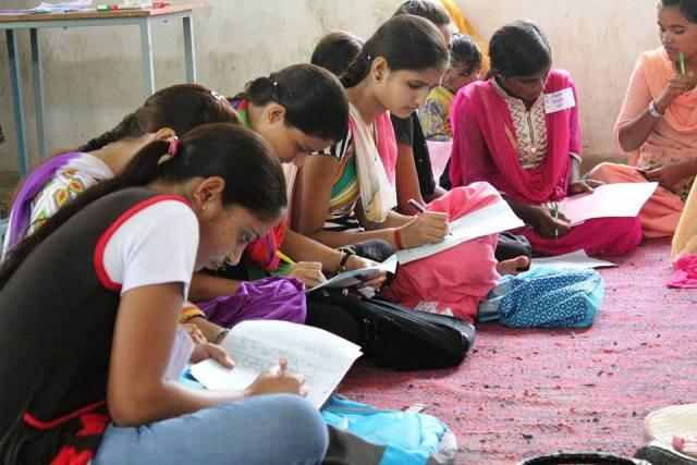 भारत में माध्यमिक शिक्षा की प्रमुख समस्याएं क्या हैं?