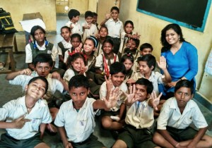 saanjuli-with-her-school-children