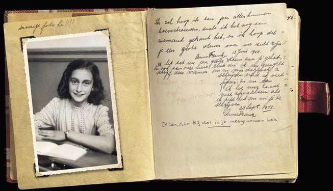 anne-frank-photo-diary