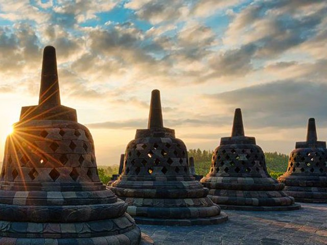 9 Top Things To See and Do In Yogyakarta , Indonesia