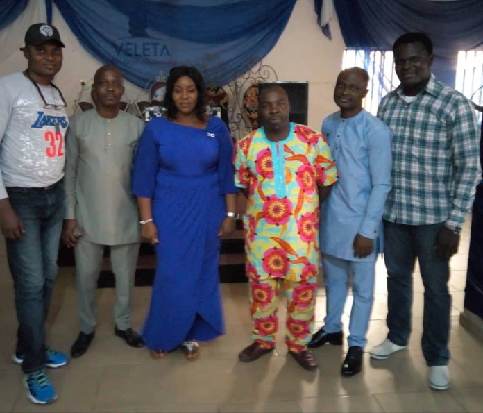 L-R The Public Relations Officer 2, Kingsley Eghenedji, the Public Relations Officer 1, Bughe Ogedengbe, the Vice President, Juliet Dosumu, the President, Samuel Oladipo,  the General Secretary, Simpa Ajayi and the Treasurer, Francis Ojei at the 2018 Class '96 Reunion Dinner and Awards in Lagos on Saturday