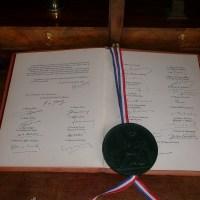 François vient nous proposer des moyens pour apporter des réformes à la constitution actuelle