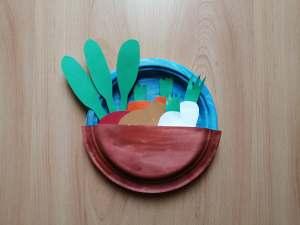 """""""Warzywa okopowe"""" – praca plastyczna z wykorzystaniem talerzyków papierowych"""