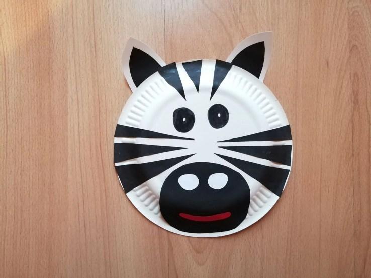 Zebra-praca plastyczna z wykorzystaniem talerzyka papierowego