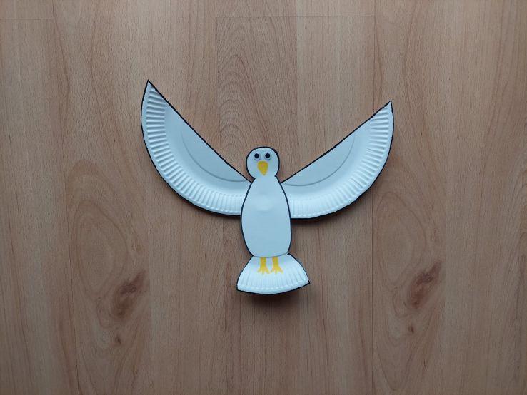 Gołąb - praca plastyczna z wykorzystaniem talerzyka papierowego