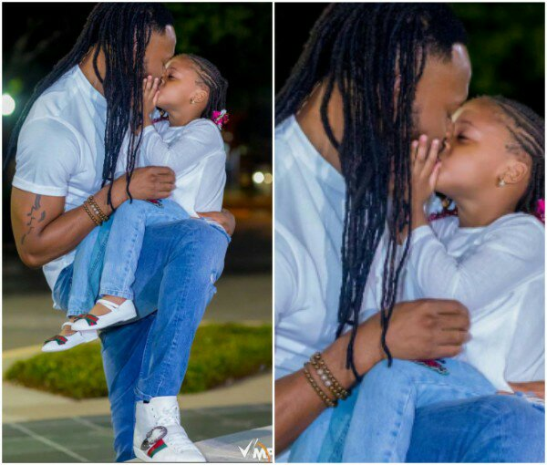 Wow See Flavor Kissing Is Daughter, It So Emotional