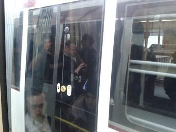 edinburgh trams passing