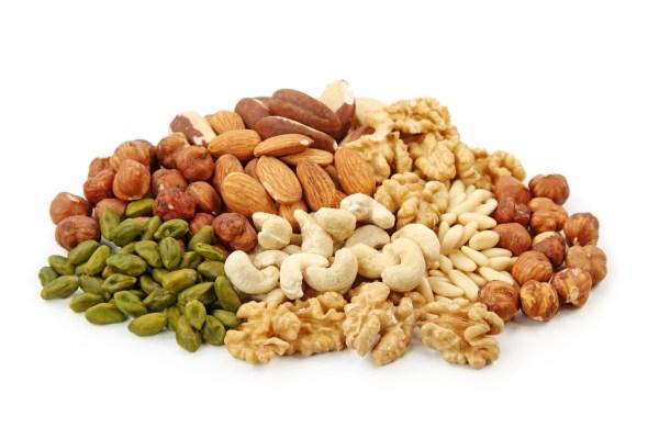 Oleaginosas: saiba as vantagens do grupo alimentar das castanhas, nozes e amendoins para atletas