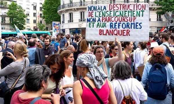French striking teachers