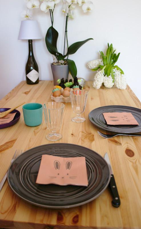 Pâques - la table décorée