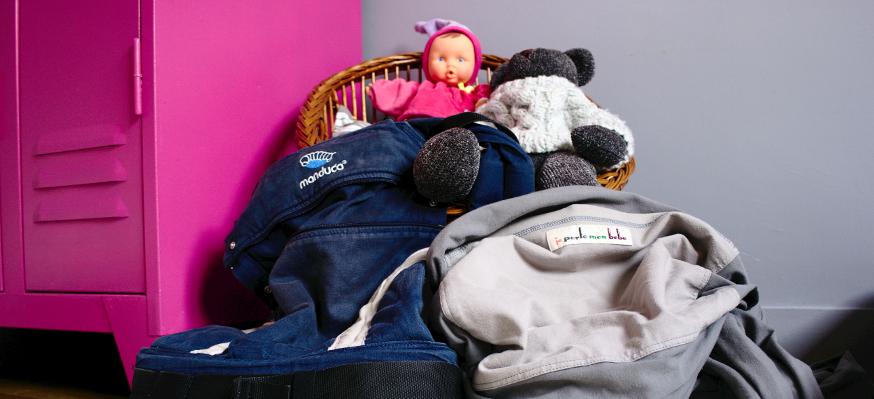 Porte-bébé ou écharpe de portage ?