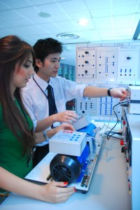 APU has an internationalised university environment and students have access to high end engineering labs