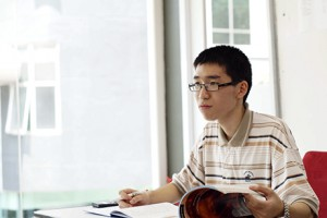 Lee Hau Sen, UCSI University student, who scored 4A*s – including 600/600 in Physics – in the A-Level exam.