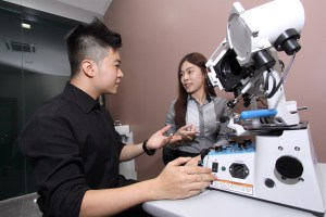 UCSI's praxis® approach focuses on hands-on learning, which sees students using professional optometry equipment.