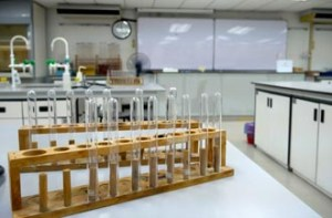 HELP University is equipped with excellent science labs